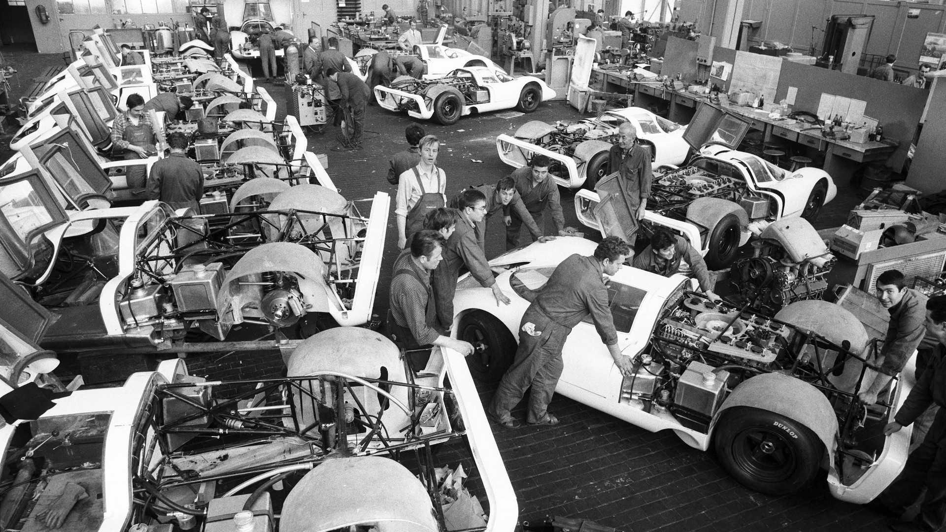 porsche-917 fabrication.jpg